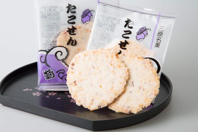 三原駅前の菓子店「ゑびす家」の看板商品「たこせん」