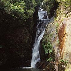 佛通寺・昇雲の滝