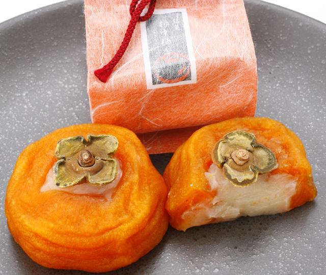 甘みのあるあんぽ柿と柚子の香りがベストマッチ