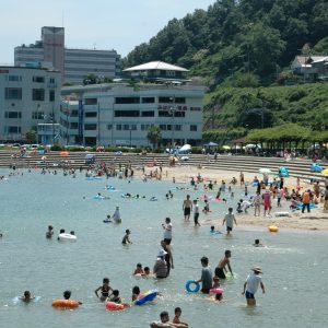 すなみ海浜公園の海水浴・幼児プールの利用開始