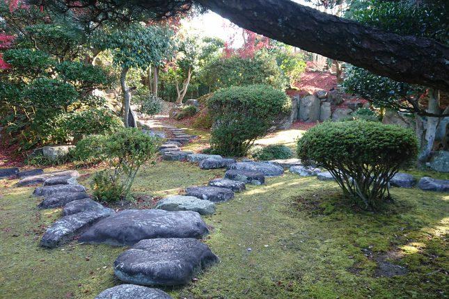 秋の舩木氏庭園
